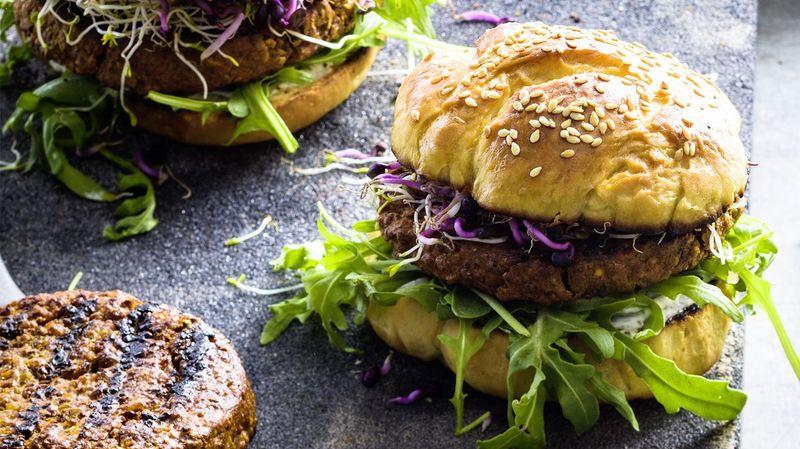 La Coop met en vente les premiers burgers aux insectes
