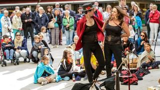 BUSKERS CGA14692