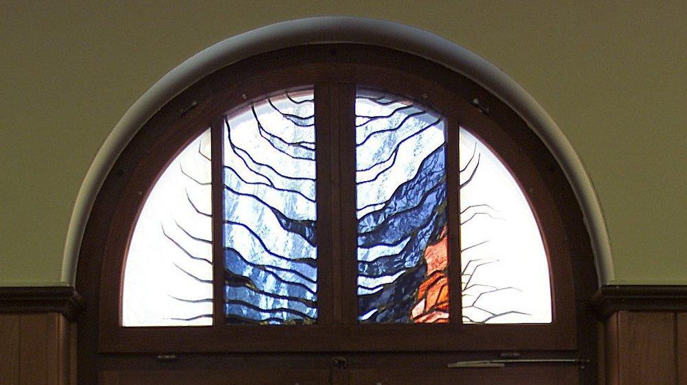 Des vitraux de l'église mennonite des Bulles, à La Chaux-de-Fonds.