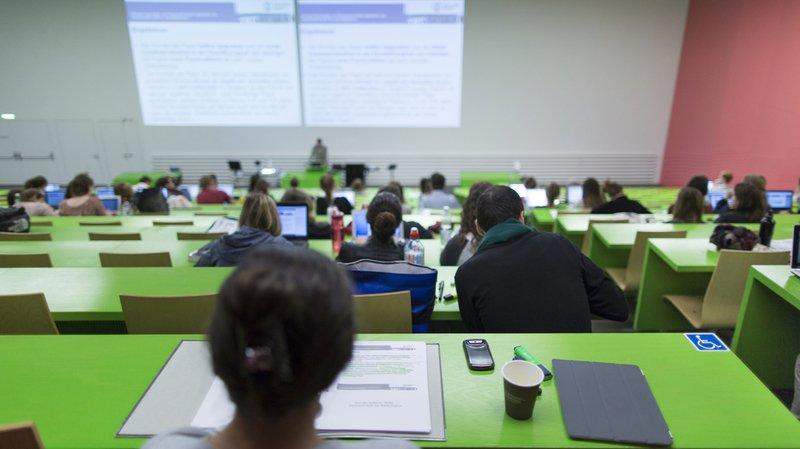 La part suisse de travailleurs hautement qualifiés est la troisième dans le monde. (illustration)
