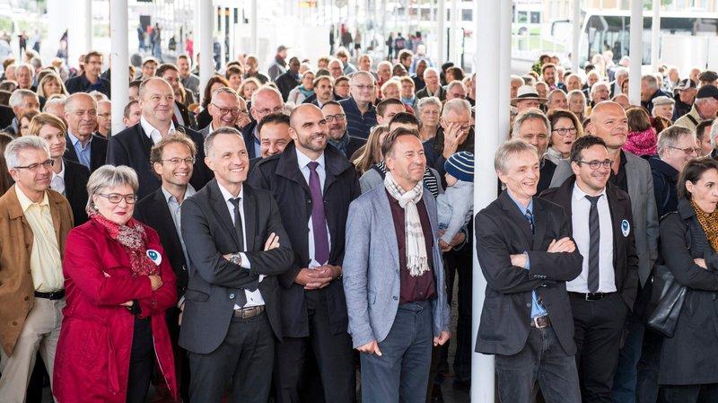 La torrée pour le NHOJ réunit 500 personnes sur la place de la Gare à La Chaux-de-Fonds