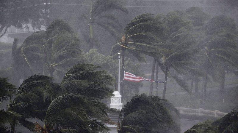 Irma passe à l'abordage de la Floride