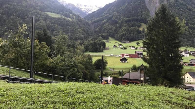 Le petit avion, un monomoteur enregistré en Allemagne, s'était écrasé autour de 19h00 la veille dans le domaine skiable de Braunwald, à 1900 mètres d'altitude. (illustration)