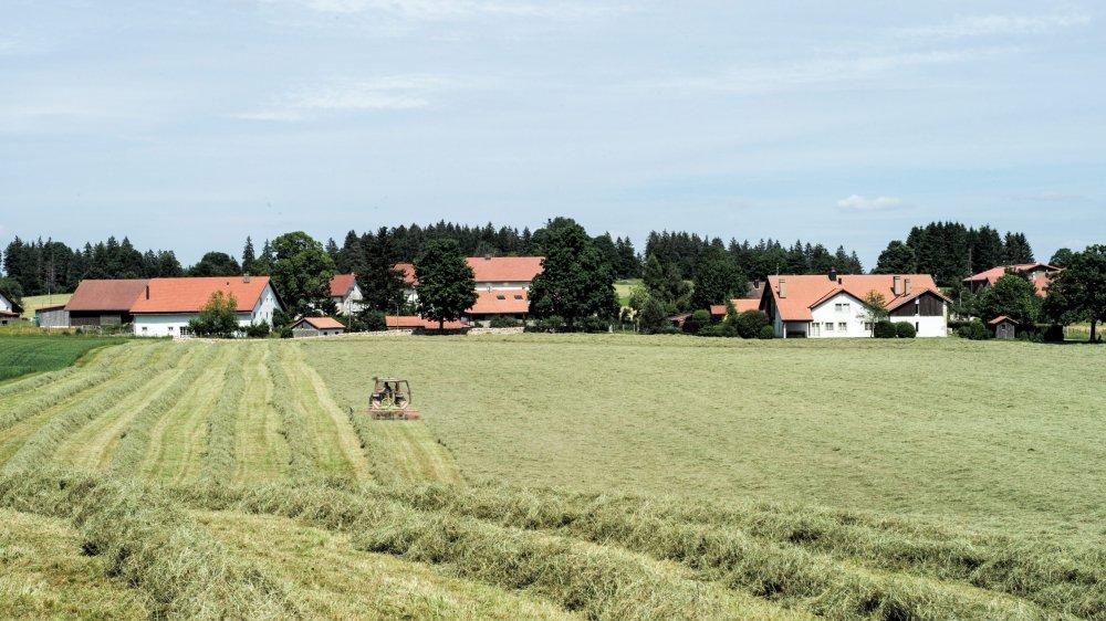 La Chaux-des-Breuleux, hameau à caractère agricole, qui compte 88 habitants.