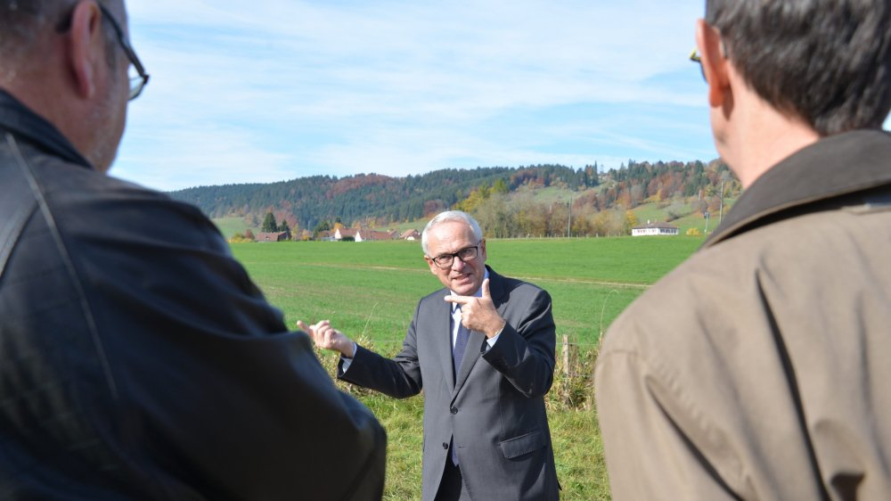 Serge Barcellini est venu visiter mardi le parcours Bourbaki aux Verrières, en vue d'une grande célébration: les 150 ans  du conflit franco-prussien, en 2020-2021.