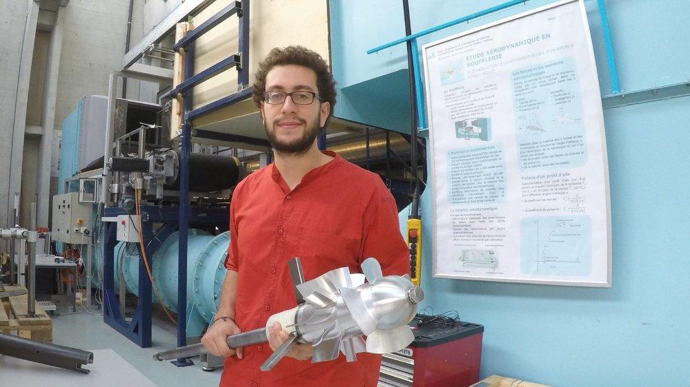 Chercheur à la HEIA de Fribourg, Nicolas El Hayek partira à Madagascar pour tester une petite turbine hydroélectrique inédite.