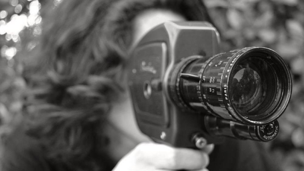 Ils ont (re)pris en main la caméra et (re)découvert le format super 8: amateurs éclairés et néophytes présenteront leurs courts-métrages samedi devant un jury. Le public sera également appelé à se prononcer.