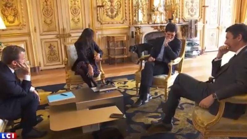 C'est le bruit d'un léger jet d'urine qui a interrompu une réunion du président à l'Elysée.