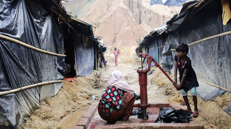 Bangladesh: 900'000 doses de vaccins contre le choléra acheminées dans les camps de réfugiés rohingyas