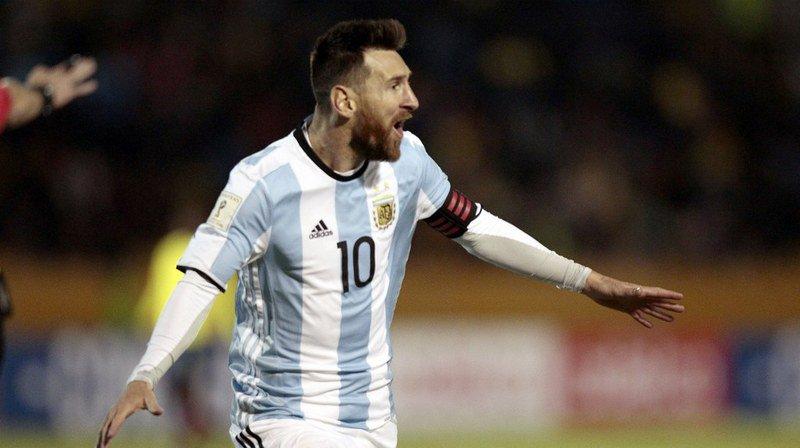 Mondial 2018: Lionel Messi envoie l'Argentine à la Coupe du monde de Russie grâce à un triplé