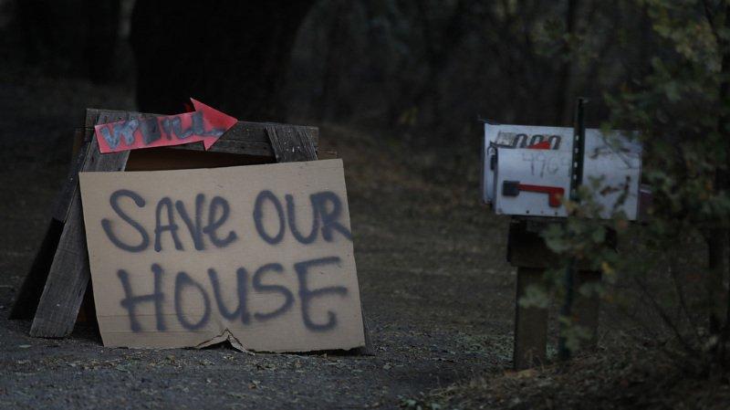 """""""Nous sommes loin d'en avoir fini avec cette catastrophe"""", a déclaré le responsable de la lutte contre les incendies pour la Californie, Ken Pimlott."""