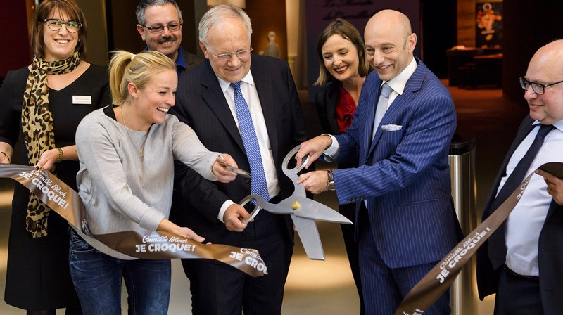 Camille Bloch lance sa chocolaterie touristique à Courtelary avec Lara Gut et Johann Schneider-Ammann