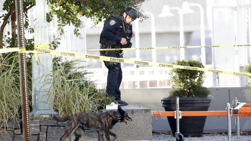 Terrorisme: huit suspects de la cellule franco-suisse inculpés en France