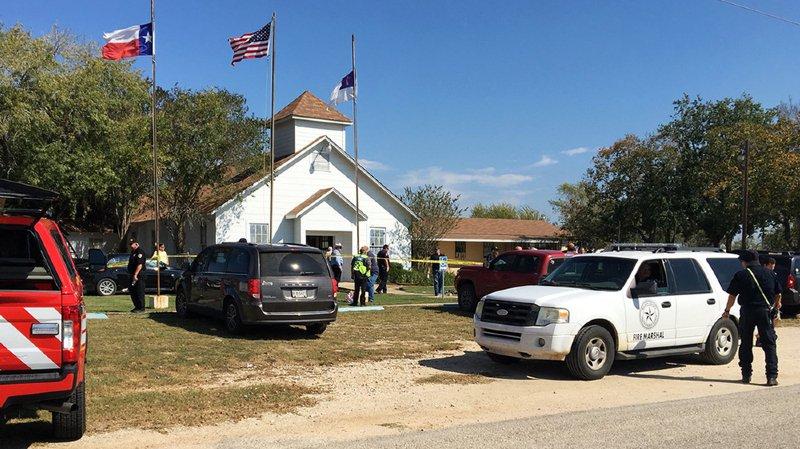 Etats-Unis: au moins 20 morts et plusieurs blessés lors d'une fusillade dans une église au Texas