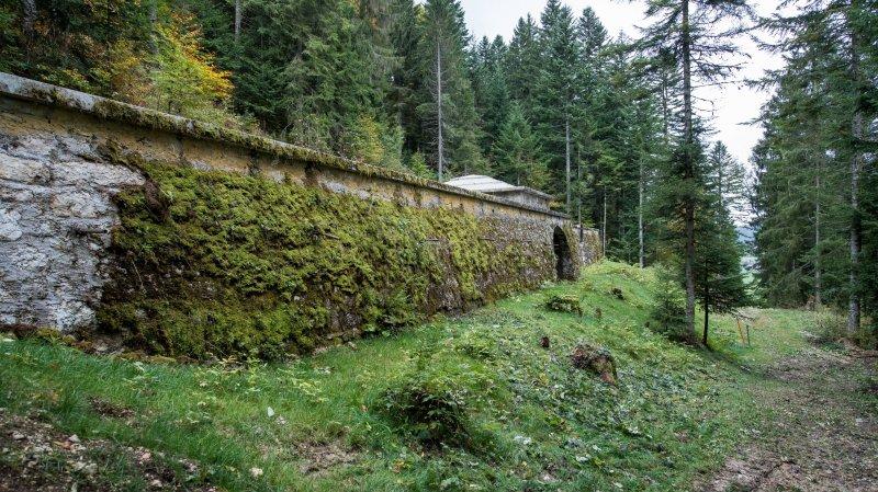 Le réservoir de l'Envers, construit en 1882, remplit aujourd'hui toujours ces fonctions. Mais il n'est plus aux normes, notamment sur le plan  de la sécurité.