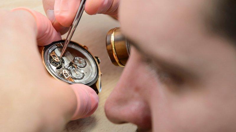 Le travail des horlogers suisses fait à nouveau mieux vendre.