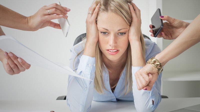Environ 40% des employés se sentent souvent ou très souvent stressés par leur travail. (illustration)
