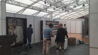 stand montage2