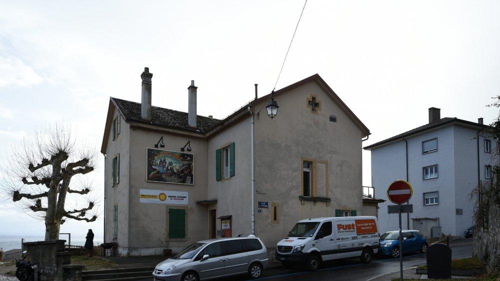 Le Centre espagnol espère pouvoir installer un établissement public au rez de la rue Coquemène 1, à Serrières