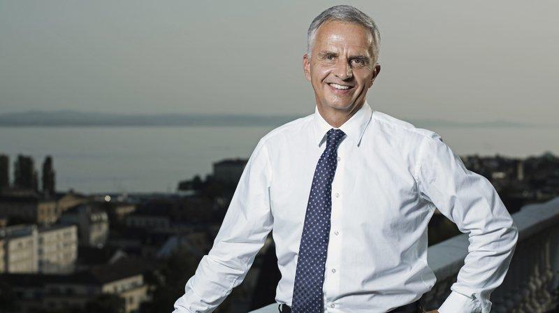 L'ex-conseiller fédéral neuchâtelois Didier Burkhalter sort un livre de portraits