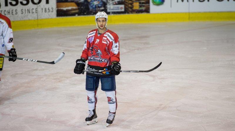 Elton Shala jouera encore avec le HC Université Neuchâtel la saison prochaine.