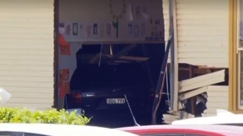 Australie: une voiture s'encastre dans une classe d'école, deux enfants de 8 ans tués