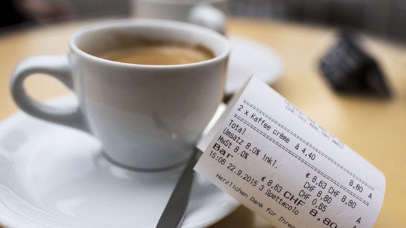 La TVA va baisser en 2018, de quoi économiser... moins de 2 centimes sur un café