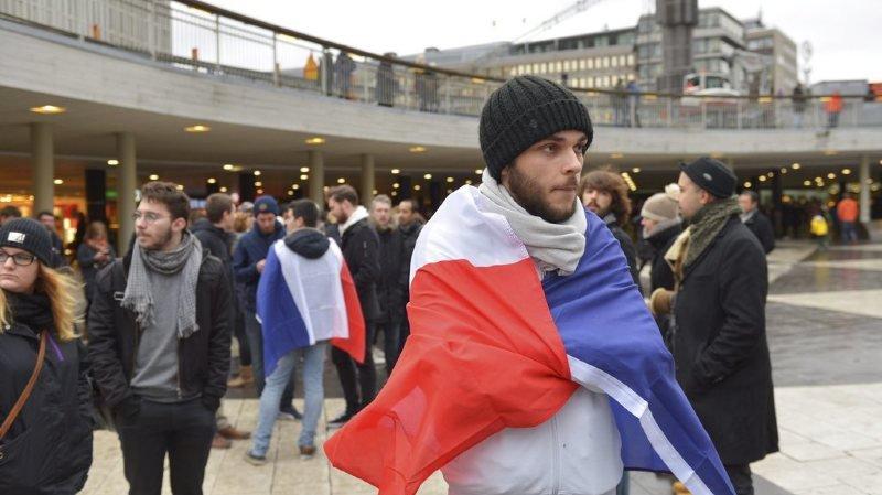 Manifestation anti-islamiste interdite à Paris: 15 personnes placées en garde à vue