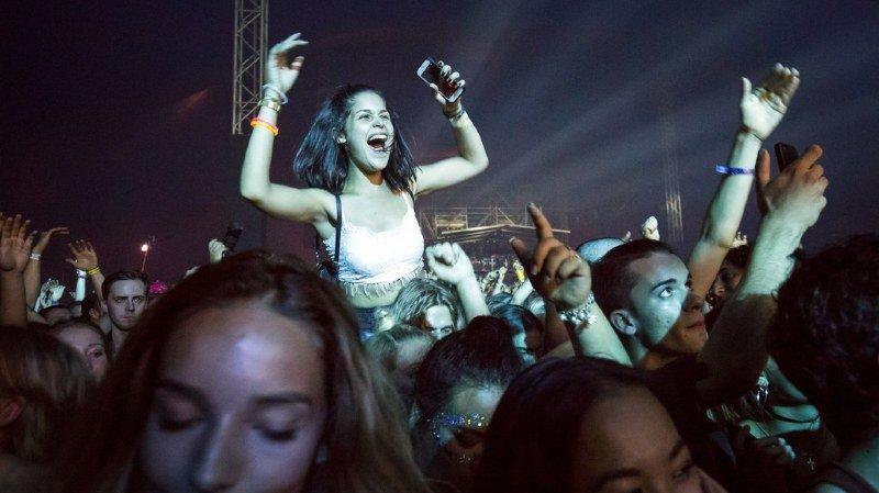 Une humoriste suédoise veut organiser un festival de musique sans hommes en 2018