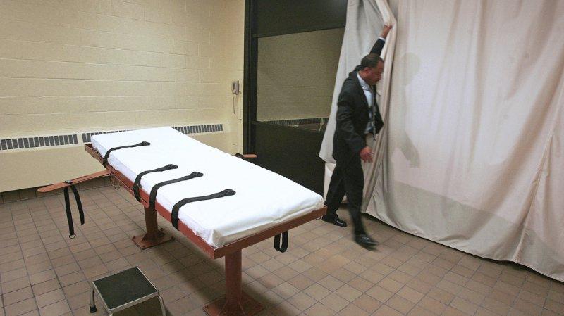 États-Unis: ne trouvant pas la veine d'un condamné de 69 ans gravement malade, ils reportent son exécution