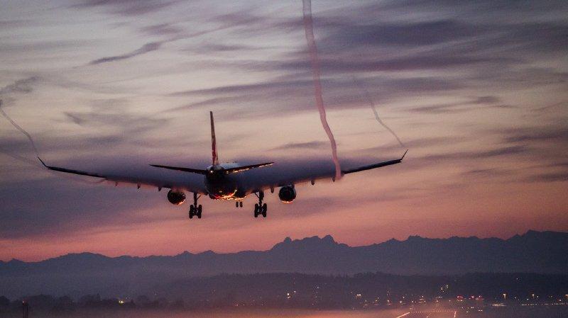 Swiss: très agressive, une passagère suisse force un avion à atterrir d'urgence