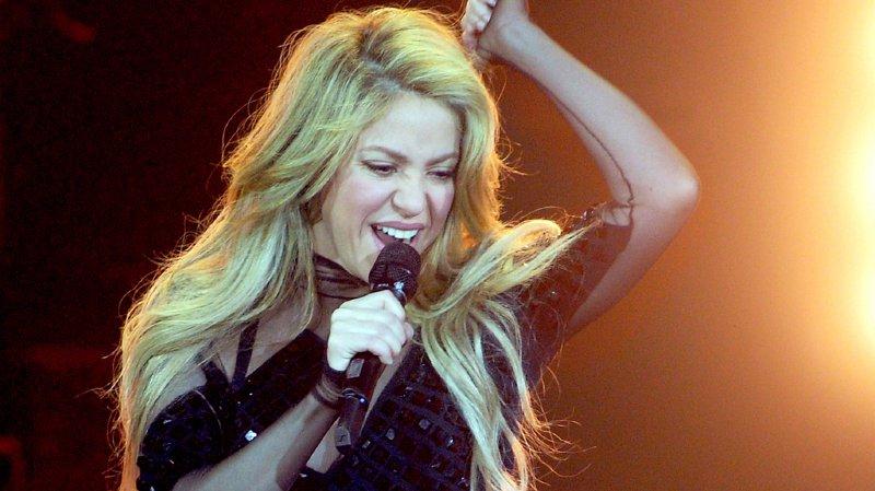 Musique: touchée aux cordes vocales, Shakira annule sa tournée et son concert à Zurich