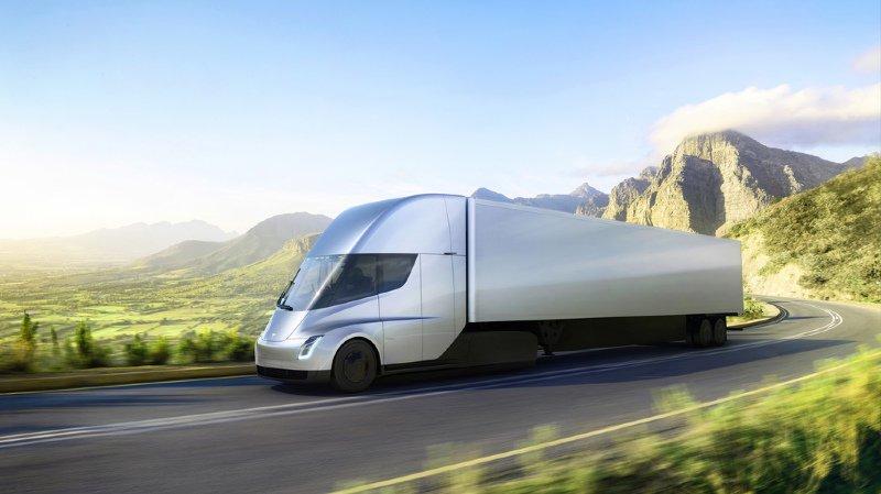 Transport: Tesla présente un semi-remorque 100% électrique