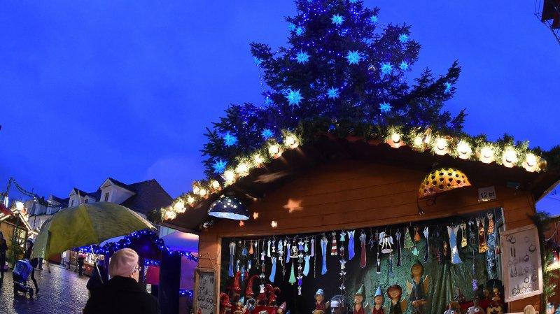 Allemagne: la police découvre des explosifs dans le marché de Noël de Potsdam