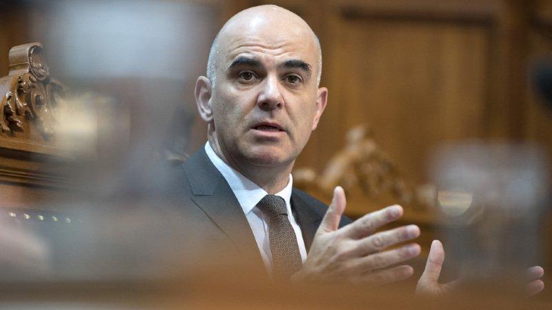 Le Conseil fédéral a chargé mercredi Alain Berset de lui présenter les éléments-clés de la réforme de l'AVS d'ici à février 2018.