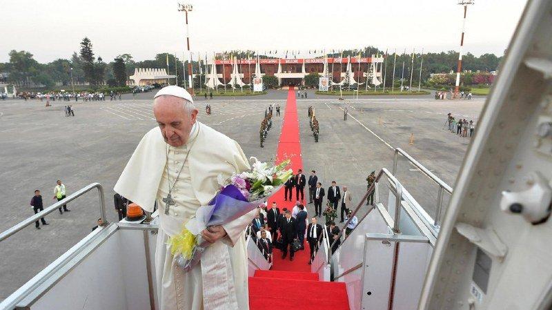 Religion: le pape François achève sa visite en Birmanie et au Bangladesh