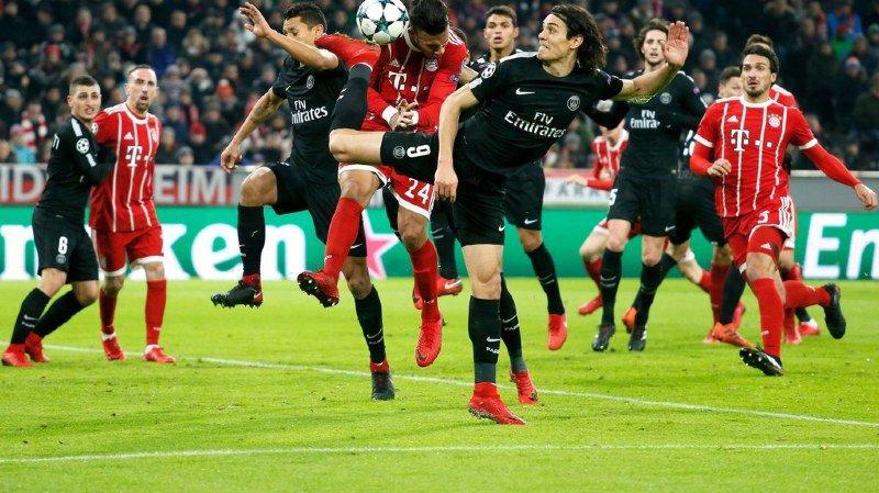 Dans le choc au sommet de cette dernière journée, le PSG de Dani Alves et d'Edinson Cavani a été battu par le Bayern de Corentin Tolisso.