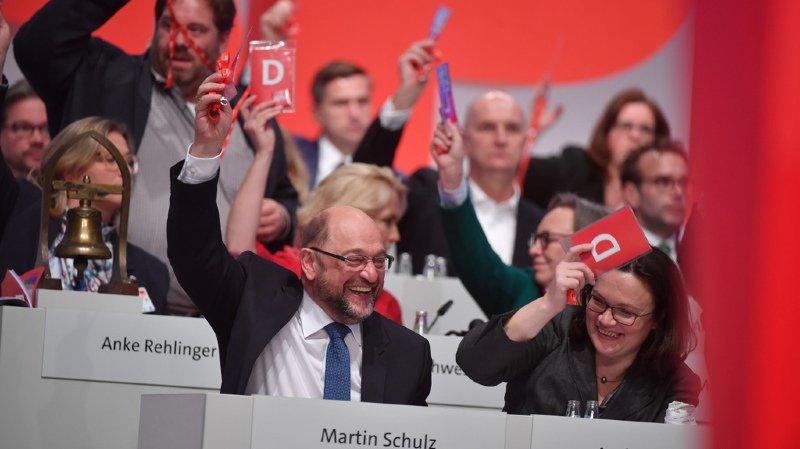 Les sociaux-démocrates allemands ont donné leur feu vert jeudi .