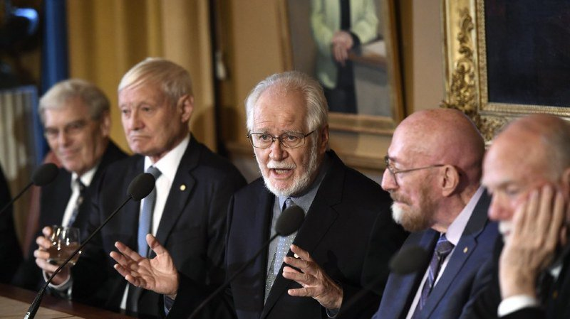 Jacques Dubochet s'est vu attribuer le prix Nobel de chimie 2017 aux côtés de l'Américain Joachim Frank, 77 ans, et du Britannique Richard Henderson, 72 ans.