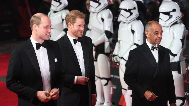 """Cinéma: grande avant-première européenne à Londres pour le huitième épisode de Star Wars """"Les derniers Jedi"""""""