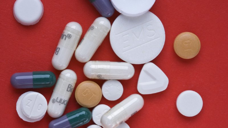 Chez les personnes âgées en particulier, le risque de polymédication suivie d'effets indésirables et d'hospitalisations est élevé.