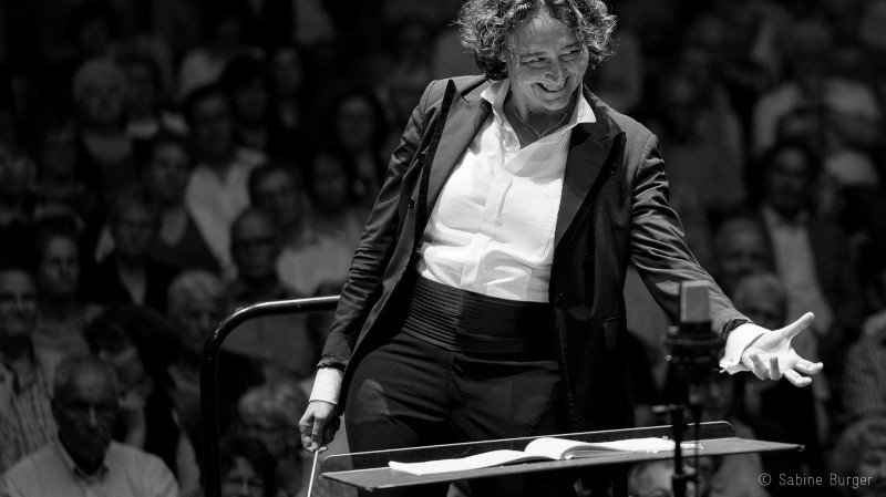 Nathalie Stutzmann dirige Symphonie n°2 de Brahms