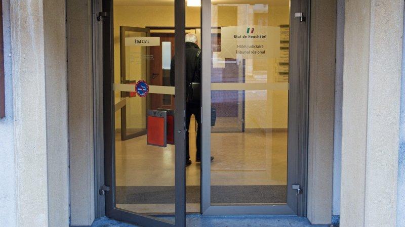 Selon le Tribunal régional, qui siégeait à Boudry (ici l'entrée), Mauro*  n'a pas commis de viol. Mais il restera en prison.
