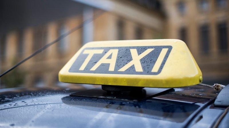 """Un couple de Saint-Imier échappe à une tentative """"d'arnaque au taxi"""" à Morteau"""