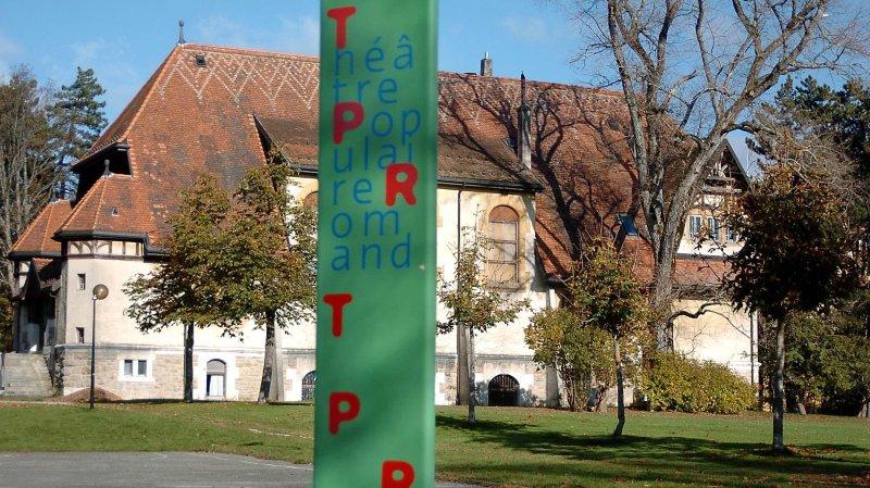 La Ville du Locle subventionne des sociétés locales d'autres communes, comme ce fut le cas avec la construction du terrain de street-hockey ou le Théâtre populaire romand, à La Chaux-de-Fonds.