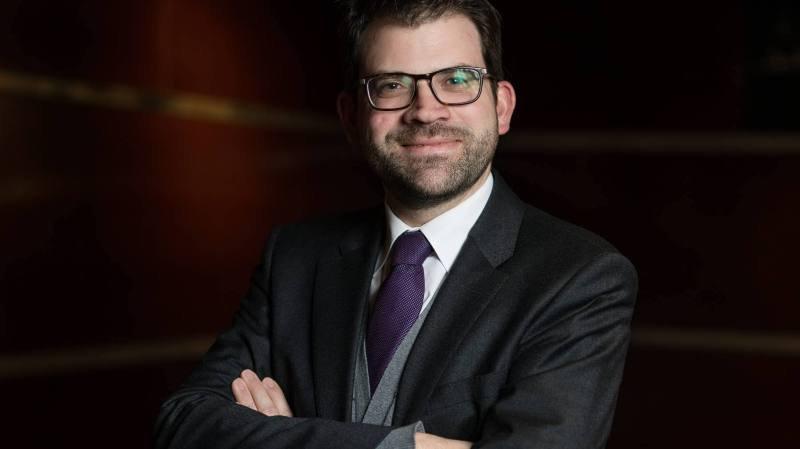 Après 10 ans d'absence en politique, Damien Cottier fait partie des intéressés à siéger à Berne.