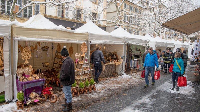 Le Black Friday a fait du mal aux marchés de Noël de Neuchâtel