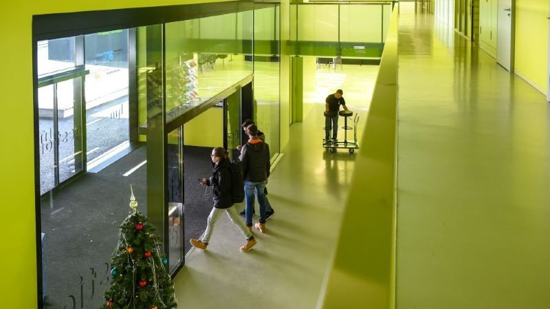 Les internautes scandalisés par la volonté de fermer la HEM de Neuchâtel