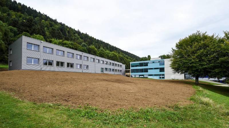 Le Centre scolaire du Val-de-Ruz, dont fait partie le collège de la Fontenelle, à Cernier.
