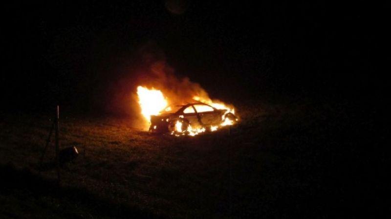 Une voiture prend feu après un accident sur l'A3 (GL)